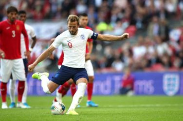 Harry Kane scores a penalty against Bulgaria in a Euro 2020 Qualifier